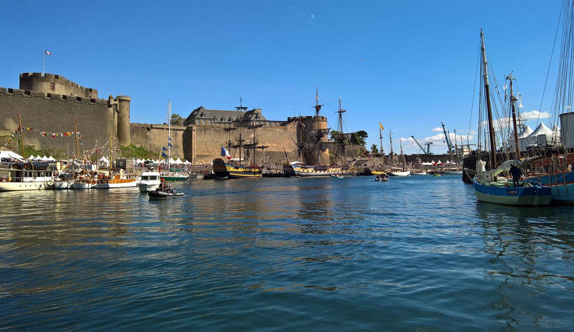Vue du port de Brest et de son patrimoine immobilier