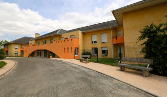 Ibos programme immobilier neuve « Résidence Zélia - Emera - Ibos »