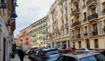 Nice programme immobilier rénové « 3 Cais de Pierlas » en loi pinel